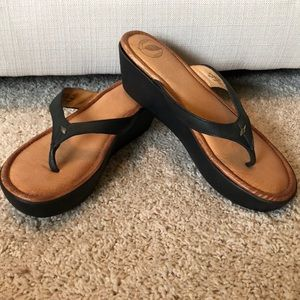 LN Nurture Black Leather Sandals-Sz 9.5